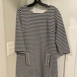 Lilly Pulitzer Nvy/White Charlena Shift Dress